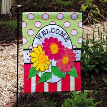 Newest selling OEM quality stylish three flowers printed decorative fancy garden welcome flag