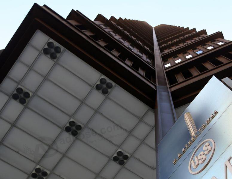 US Steel reports 2Q profit, offers optimistic outlook