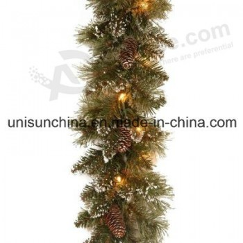 Wholesale Pre-Lit Sparkling Pine Garland with 100 Clear Incandescent Lights (MY205.446.00)