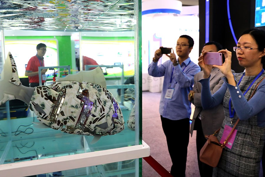 High-tech companies in the limelight at Shenzhen expo