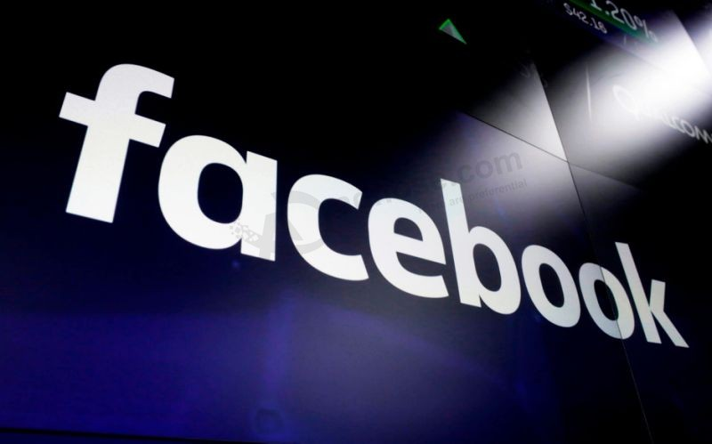 Facebook criticised for allowing promotion of 'legal loophole' in US gun laws